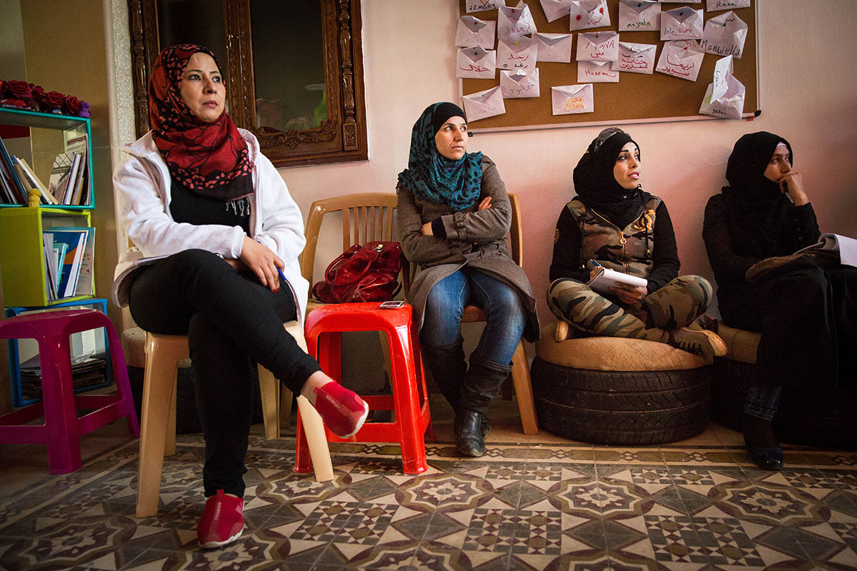 Sirijske žene izbeglice uzimaju život u svoje ruke u muškom svetu